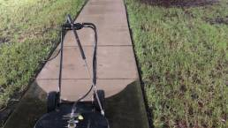 Difference in pressure washing sidewalk2